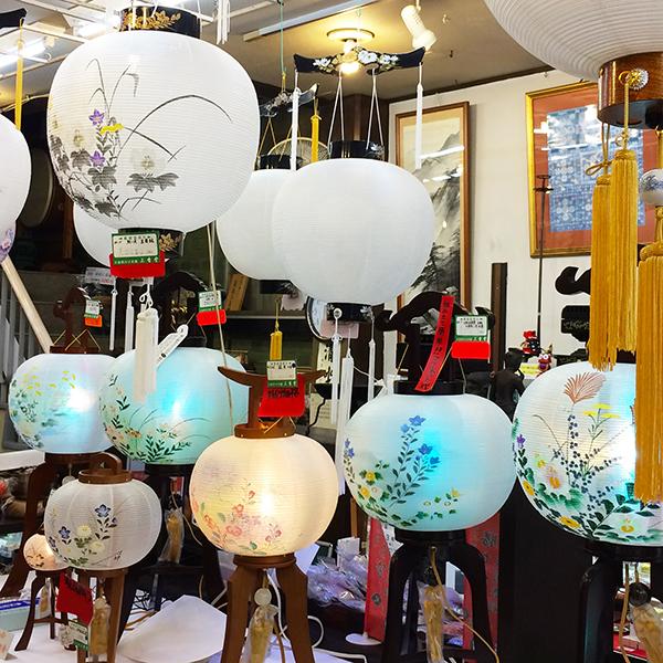 三香堂 盆提灯 展示